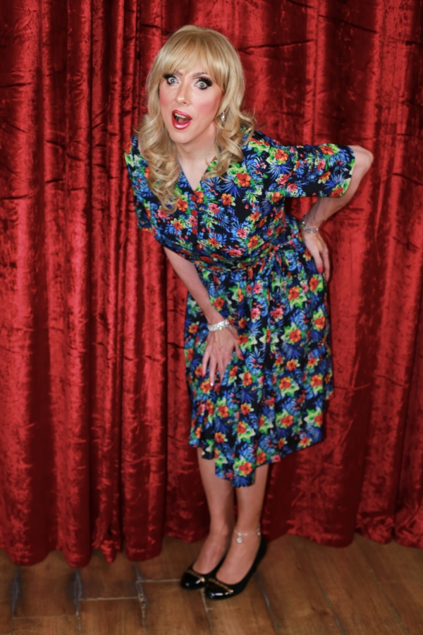 [Frock Tales] The Shelley Long and Short of itall
